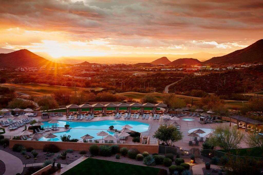 JW Marriott Tucson Starr Pass Resort & Spa Pool at Sunset
